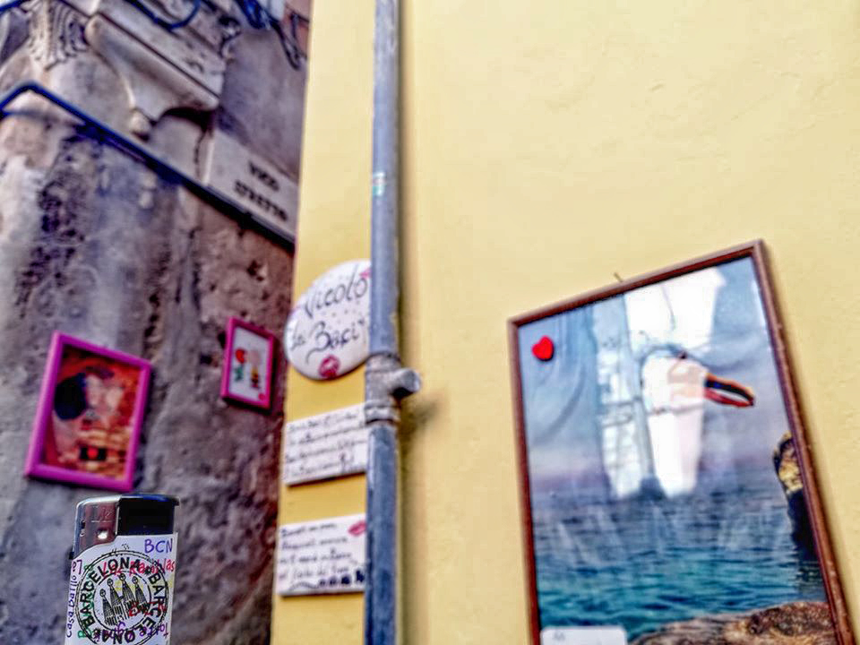 Wanderwave Postcards from Lighter Pizzo Calabro